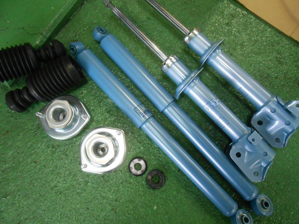 L150S ムーヴ ショックアブソーバー交換 四輪アライメント
