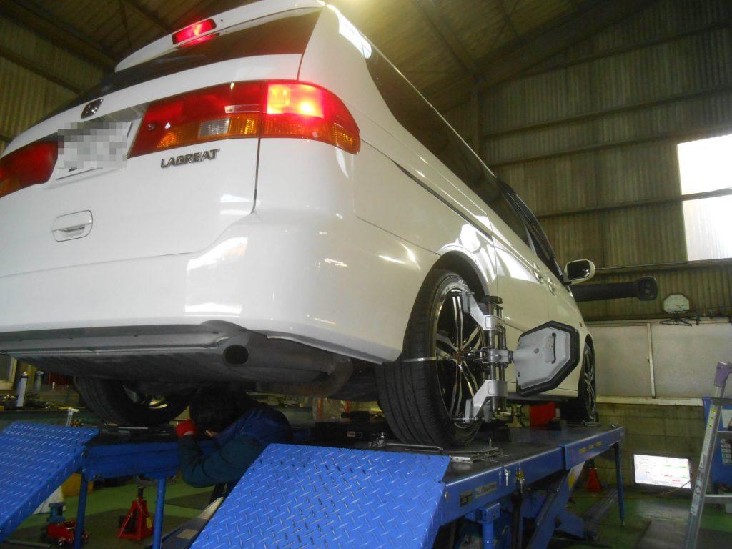 ラグレイト 車高調整 ステアリング交換 四輪アライメント