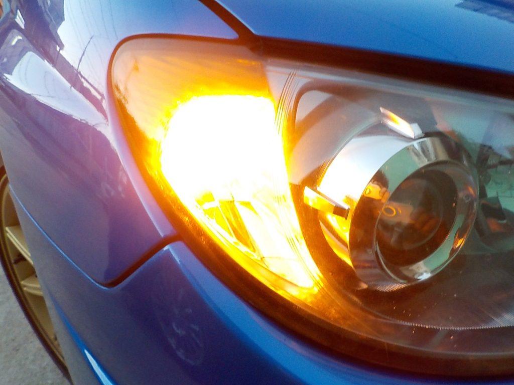 インプレッサ フロントウインカー LEDバルブ交換