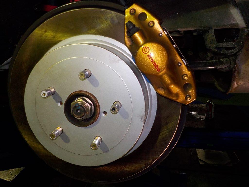 インプレッサ 四輪アライメント ブレーキ交換