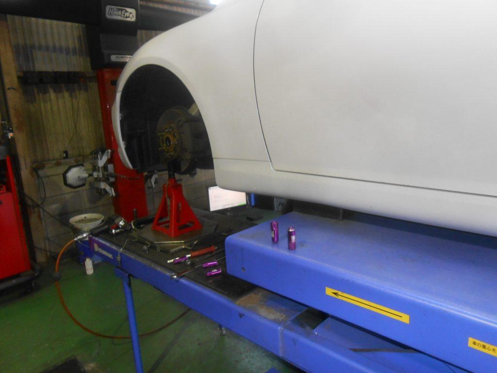 マークX 120系 車高調取り付け 四輪アライメント