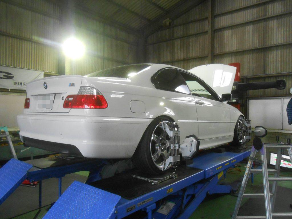 BMW 318 四輪アライメント