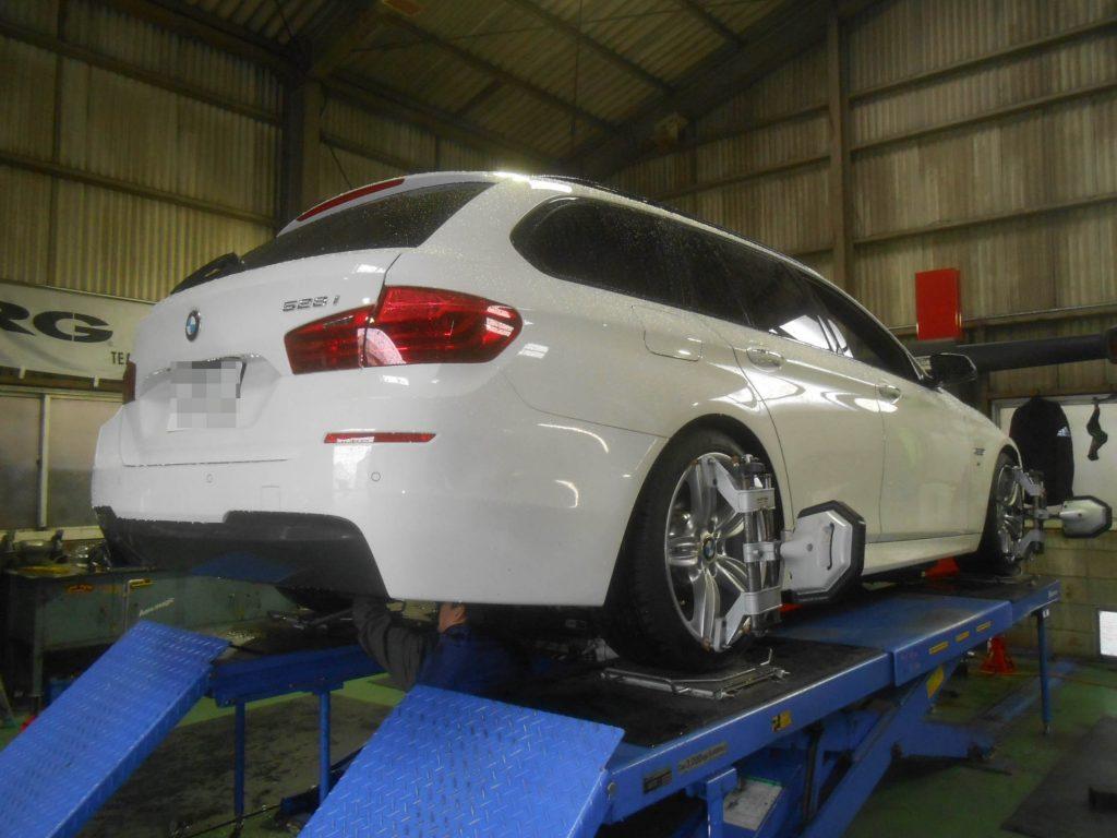 BMW 528 F11 四輪アライメント
