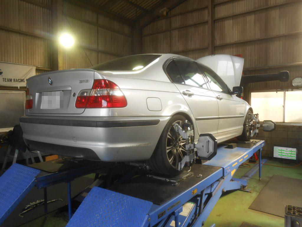 E46 BMW 四輪アライメント