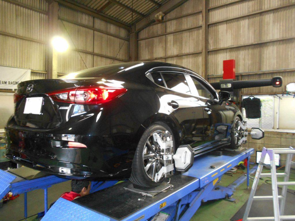 アクセラセダン BM2FPの車高調持ち込み取り付けと四輪アライメント