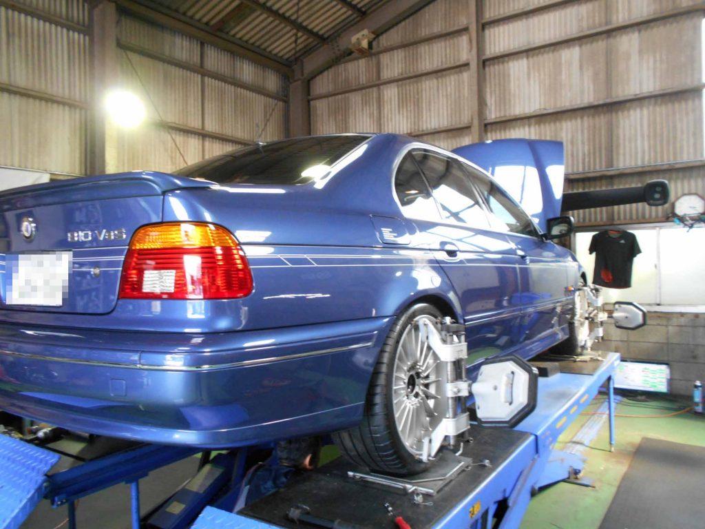 BMW アルピナのタイヤ交換と1G締め直し後四輪アライメント