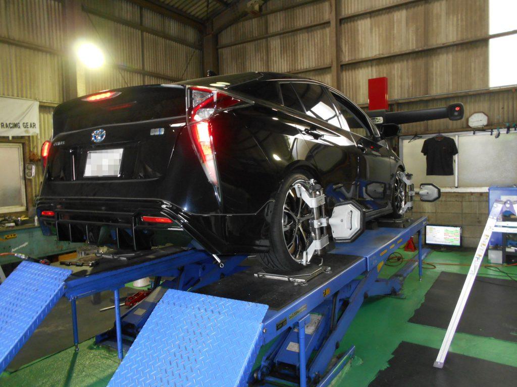 50プリウスの持込車高調取り付けと四輪アライメント