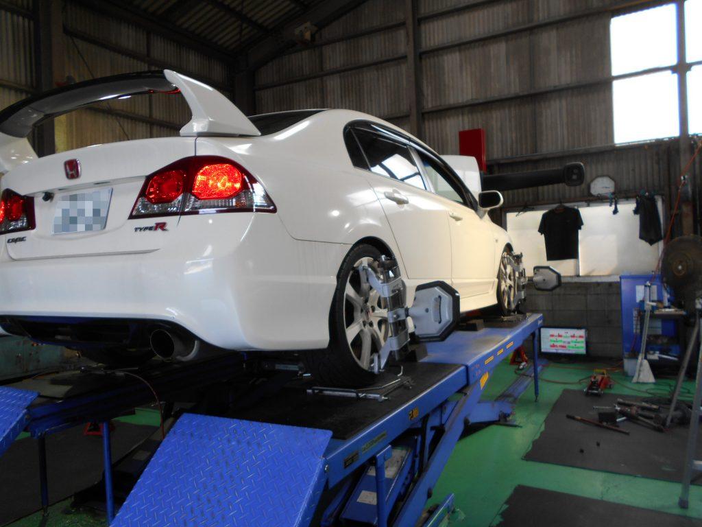 シビック FD2 車高調の取り付けと四輪アライメント