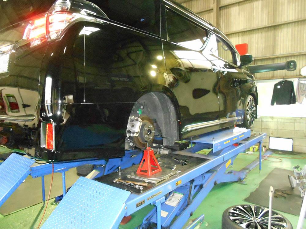 30ヴェルファイアのTEIN車高調の車高調整と1Gでの締め付け直しと四輪アライメント