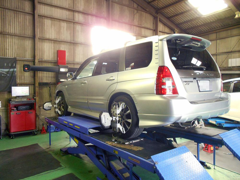 フォレスター SG5 車高調整と四輪アライメント