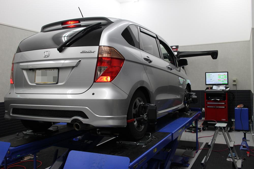 エディックスにTEINの車高調の取り付けと四輪アライメント