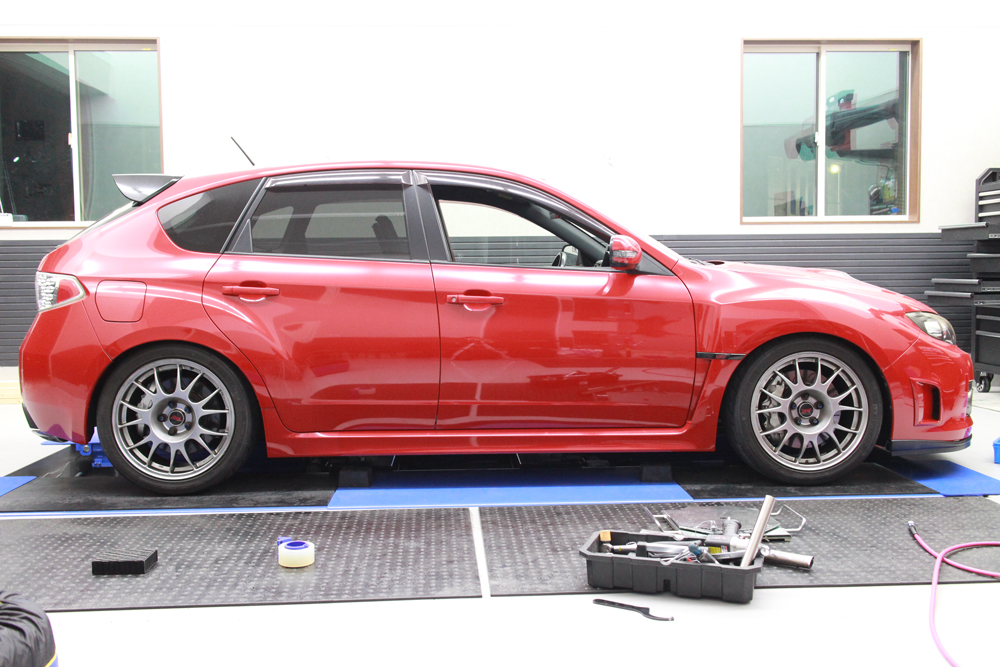 インプレッサ GRBの車高調整と1G締め直しと四輪アライメント
