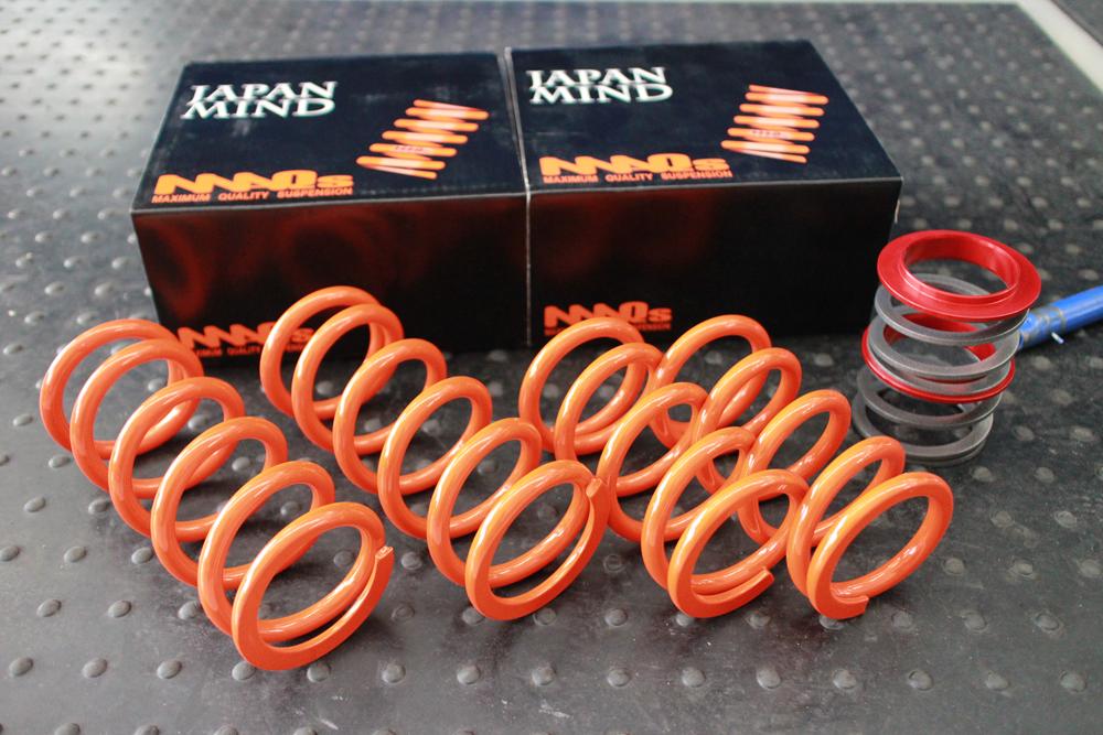 86 ZN6にMAQS直巻スプリングの取り付けと四輪アライメント