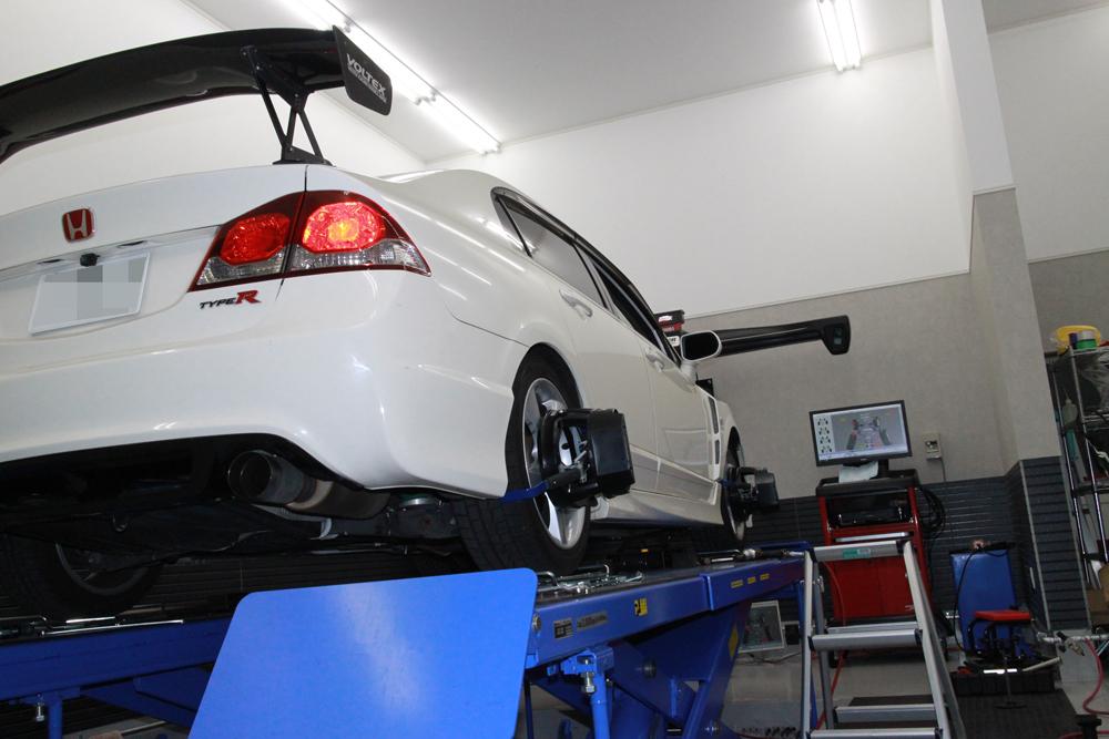 シビック FD2の車高調整と四輪アライメント