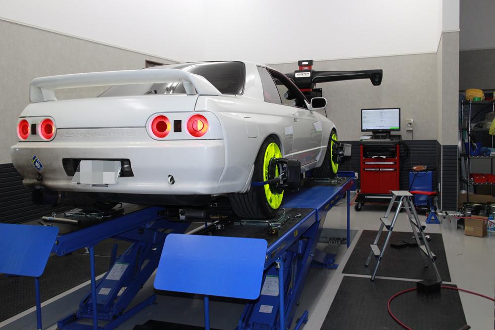 スカイライン BNR32 GT-Rの四輪アライメント