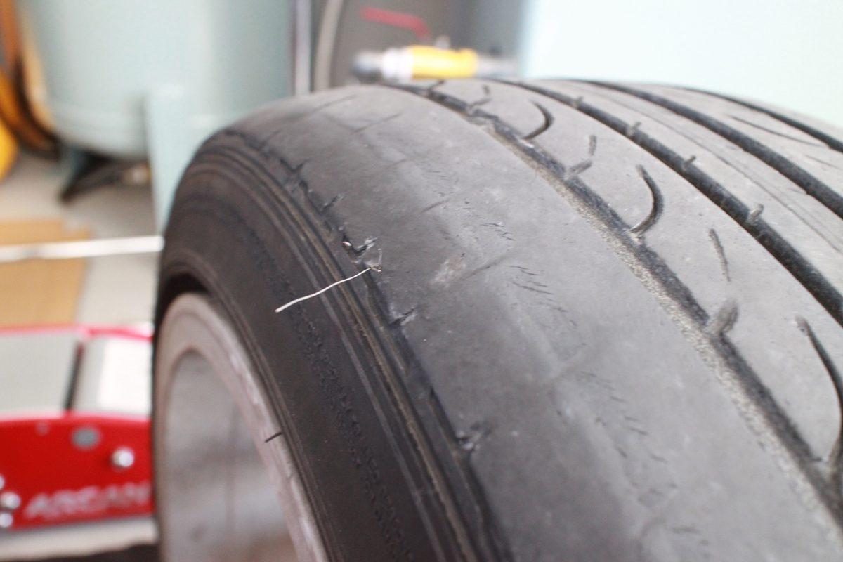 IS250の持込タイヤ交換と四輪アライメント