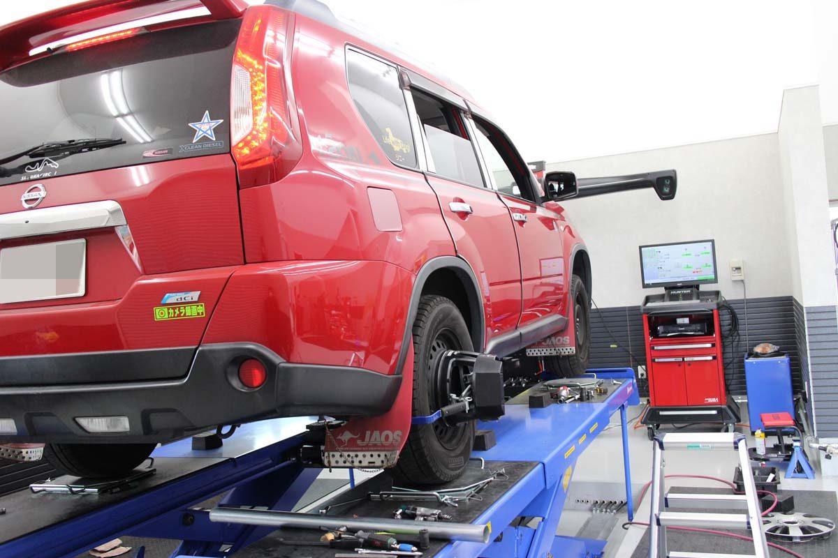 エクストレイルの車高調の車高調整と四輪アライメント