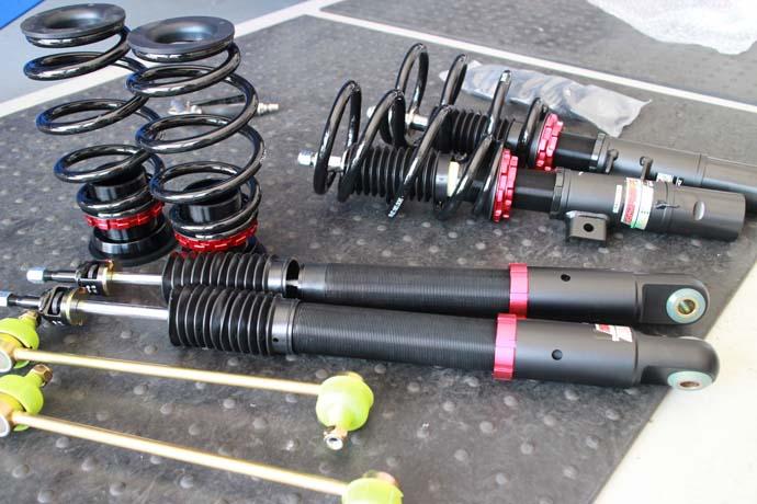 シビック FK7に車高調の取り付けと四輪アライメント