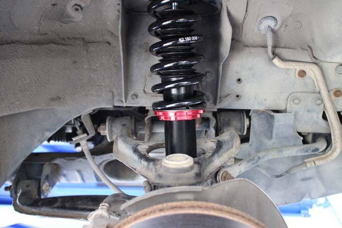 ロードスター NB6Cに車高調の取り付けと四輪アライメント