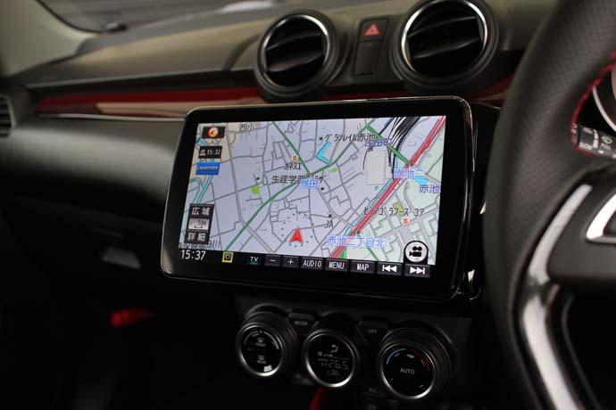 スイフト ZC33に持込のナビ、バックカメラ、ドライブレコーダーなどの取付