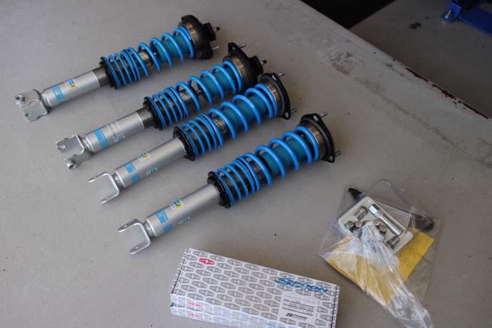 ロードスター NDRCに車高調の取付とリジカラの装着、四輪アライメント
