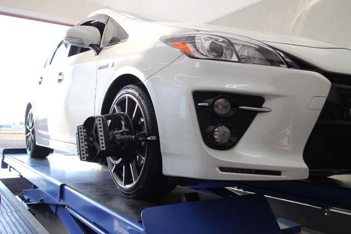 30プリウス G's タイヤ交換と四輪アライメント 内減り対策