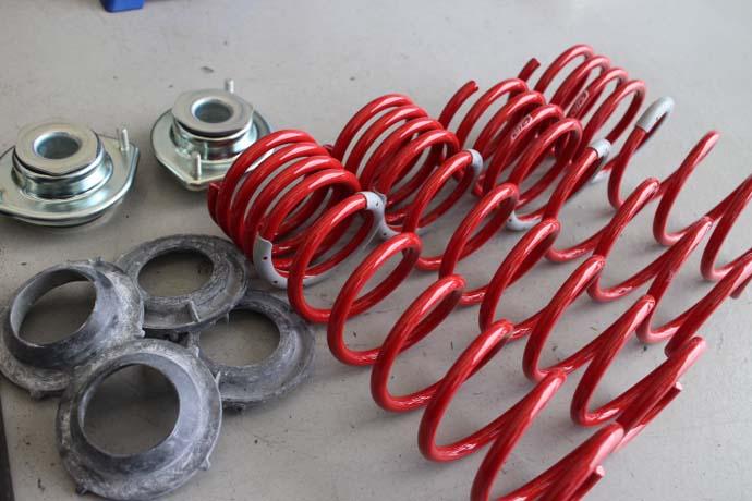 タントカスタム タナベDF210の取り付けと四輪アライメント調整