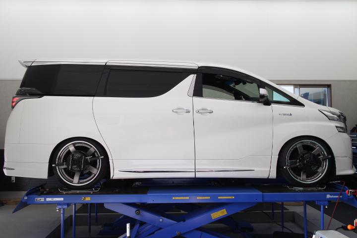 ヴェルファイア AYH30W リアロールセンターアジャスター・車高調整・1G締め 四輪アライメント調整