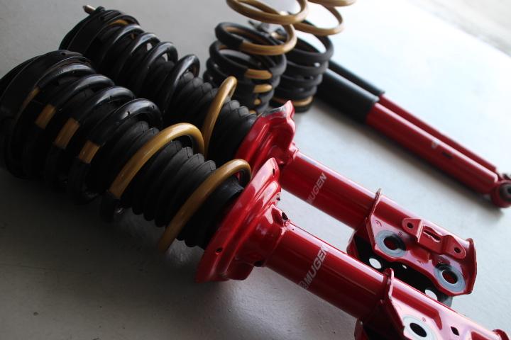 シビック FD2 ショックとスプリング交換 四輪アライメント調整