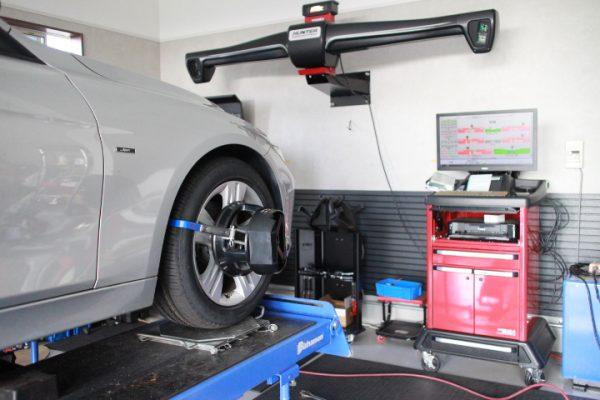 BMW F31 320d タイヤ交換 四輪アライメント調整