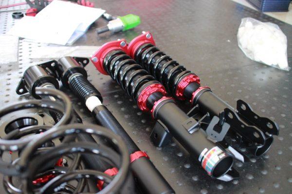 アクセラ BM2FS 車高調取り付けと四輪アライメント調整