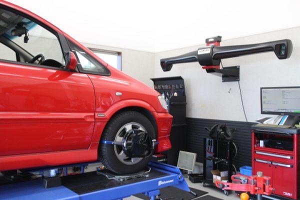 トラヴィック XM220 サスペンション交換 四輪アライメント調整