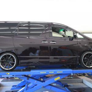 ANH20W ヴェルファイア タナベ車高調取り付け 四輪アライメント調整
