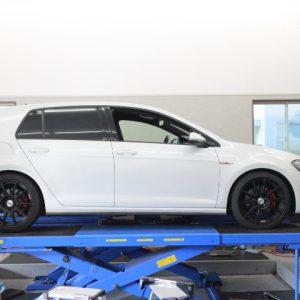 ゴルフ7 GTI スプリング交換 四輪アライメント調整