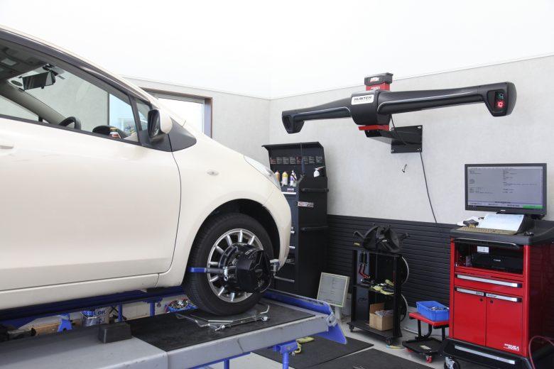 ヴィッツ KSP90 ショック交換 四輪アライメント調整