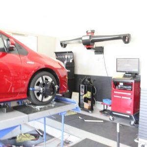 プリウス ZVW50 タイヤ交換 四輪アライメント調整