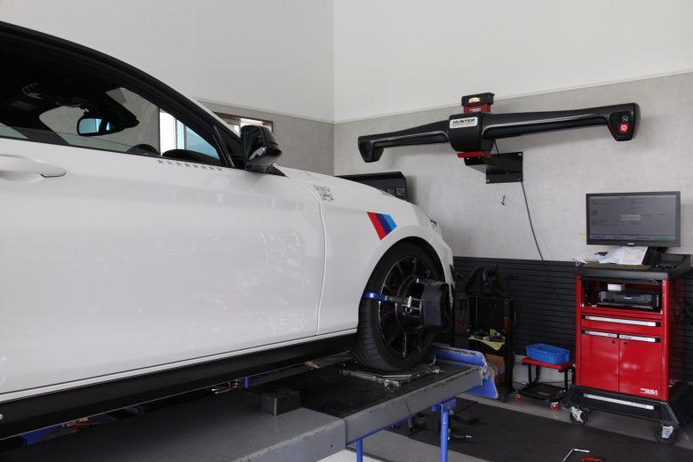 BMW 四輪アライメント