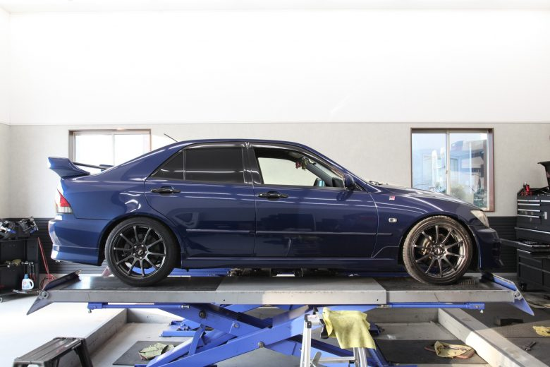 SXE10 アルテッツァ 車高調取り付け 四輪アライメント調整