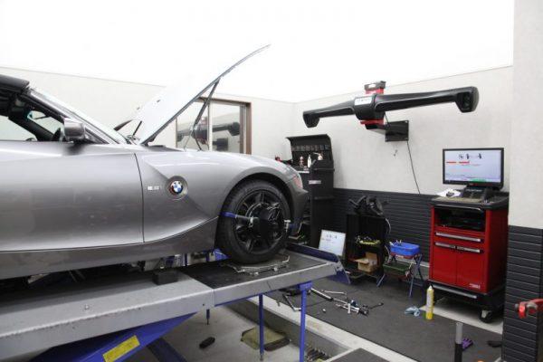 BMW E85 Z4 サスペンション交換 四輪アライメント調整