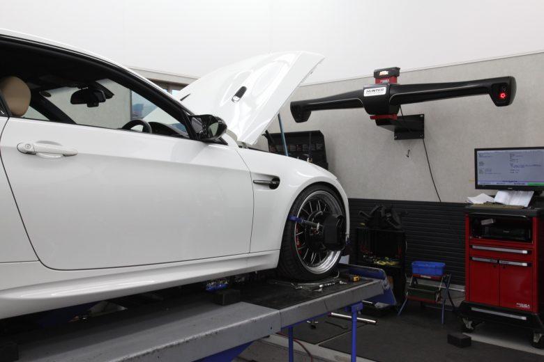 BMW E92 四輪アライメント調整