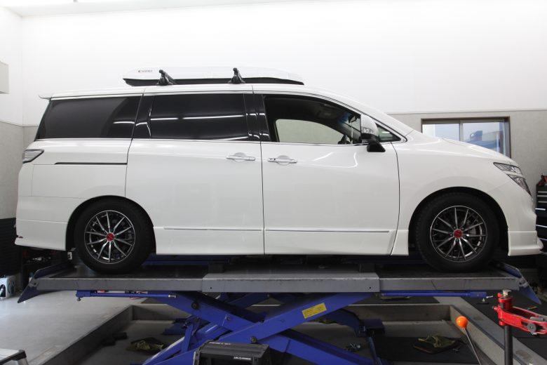 エルグランド E52 HKS車高調取り付け 四輪アライメント調整