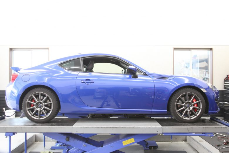 BRZ STIスプリング交換 四輪アライメント調整