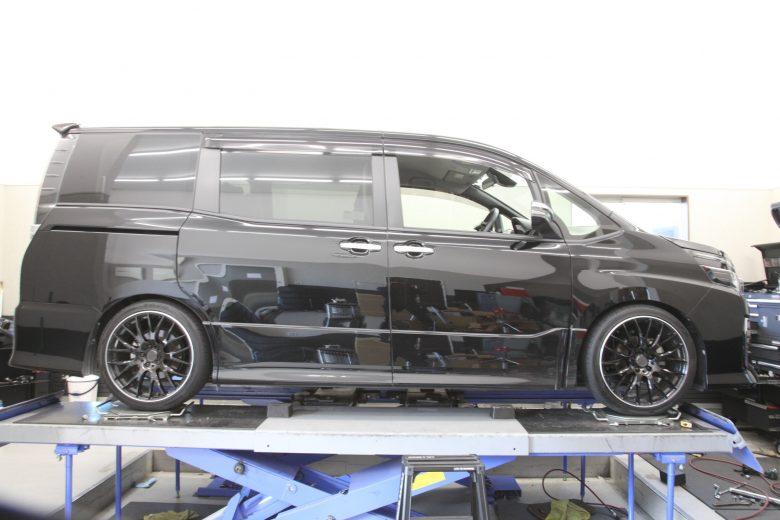 ZRR80W TEIN車高調 四輪アライメント調整