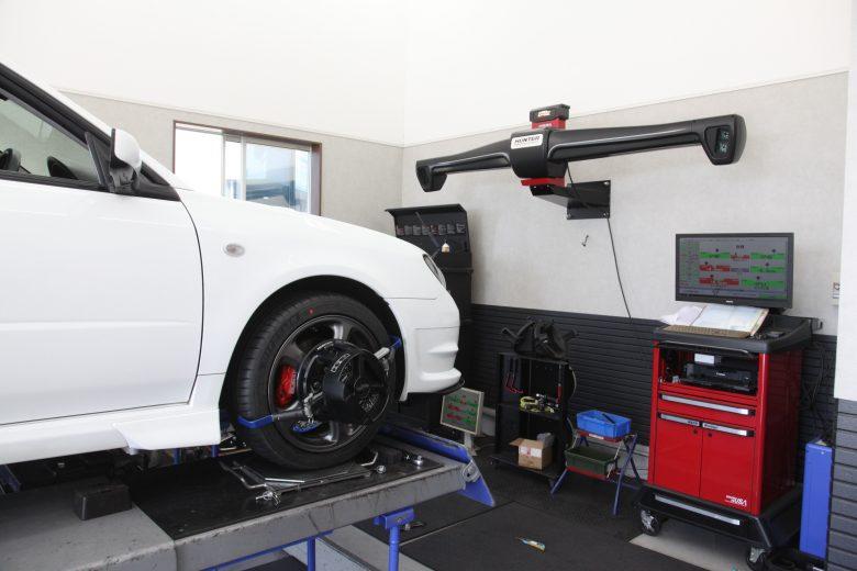 インプレッサ GGA タイヤ交換 四輪アライメント調整