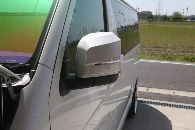 ハイエース GDH201V 四輪アライメント調整 ウインカーミラー取り付け
