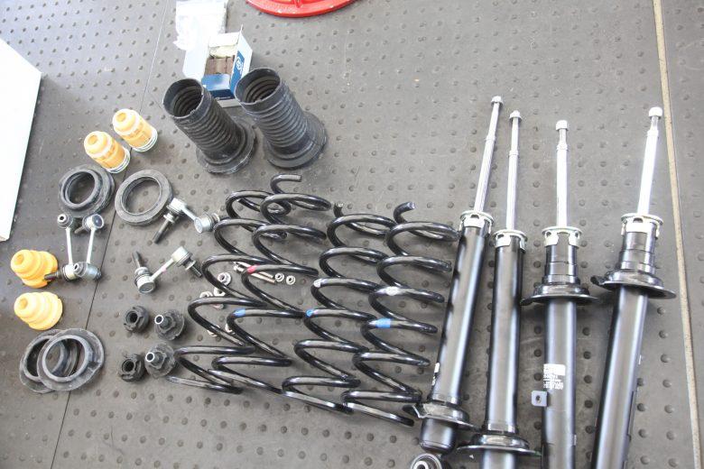 クラウン GRS200 サスペンション交換と四輪アライメント調整