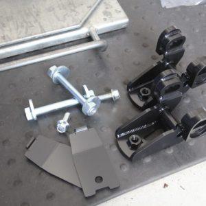 プリウス ZVW30 サスペンション交換 リジカラ ブレスバー取り付け