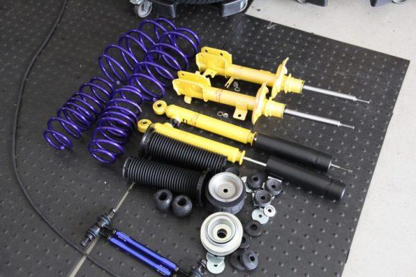 スイフト ZC32 KYBローファーキット取り付け 四輪アライメント調整